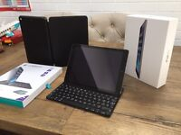 iPad Air 32GB, Space Grey, Ultrathin Keyboard Case, Leather Smart Case, perfect screen, all boxed