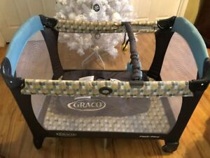 Graco Playpen with attached Bassinet