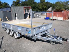 Trailer dale kane Tri axle flatbed trailer