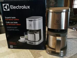 cafetiere electrolux eltc10D8ps
