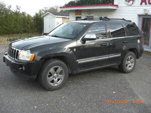 2005 jeep grand cherokee limited,5.7 HEMI,4x4,cuir,toit,tv,dvd,