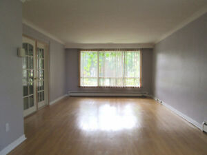 Newly Renovated Spacious 3BD Apartment in Etobicoke