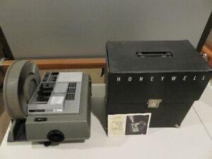 Projecteur à diapositives et accessoires