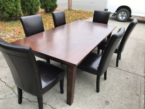 Large Dining table with 6 chairs Pier One