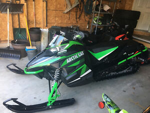 2013 arctic cat xf 800 very very clean