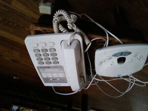 Phone and answering machine for sale