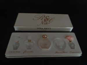 Nina Ricci perfume bottle set West Island Greater Montréal image 1