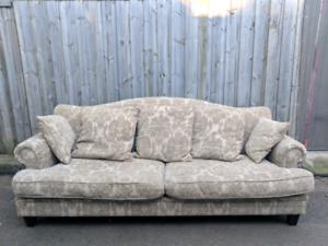 Vintage style 3 seater sofa lounge