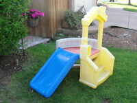 Little Tikes Climber and Slide Playhouse / castle AWESOME!
