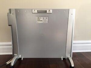 Delonghi mica panel heater London Ontario image 2