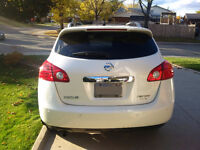 2013 Nissan Rogue SE AWD-Crossover - LEASE TAKEOVER