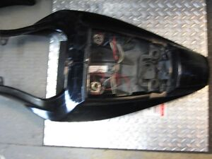 2003-07 suzuki sv-650 tail section London Ontario image 5
