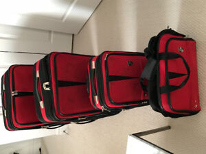 4 pc Heys Luggage set in red