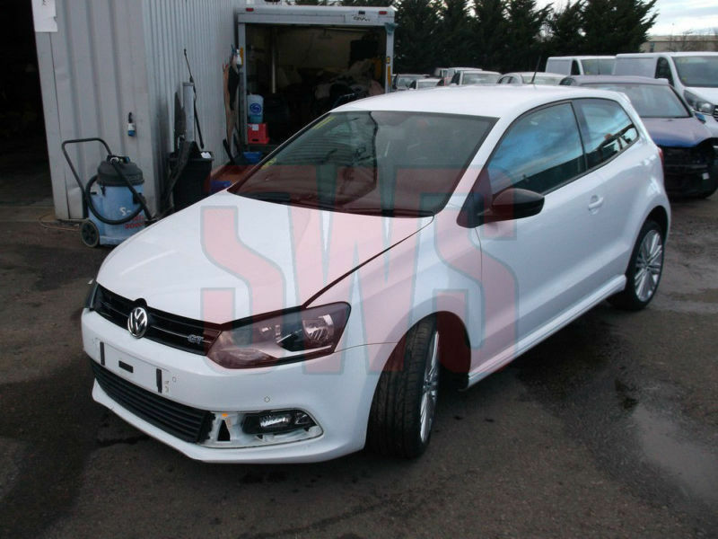 2014 volkswagen polo blue gt 1 4 150ps 6spd damaged repairable salvage in tewkesbury. Black Bedroom Furniture Sets. Home Design Ideas