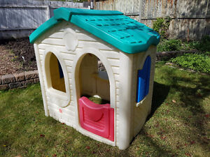 Step 2 Cottage Play House
