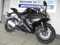 YAMAHA YZF R125 ABS MINOR DAMAGE ONLY 277 MILES 67 PLATE TRADE SALE BARGAIN