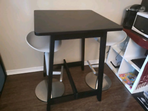 Incredible Ikea Buy Or Sell Dining Table Sets In Ottawa Gatineau Home Interior And Landscaping Elinuenasavecom