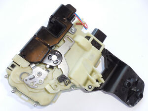 VW Jetta Golf Beetle 1999-2010 Door Lock Front Right 3B1837016CF