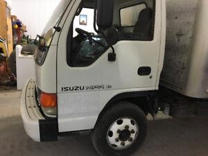 2004 Isuzu box truck