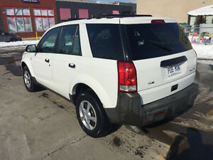 2003 Saturn VUE V6 awd SUV, Crossover