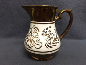 Collectible Antique Wade Heath & Co. Copper Lustre Milk Pitcher London Ontario image 3