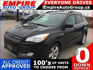 2013 FORD ESCAPE SE * LEATHER * PANO SUNROOF * NAVIGATION * BLUE