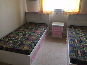 Girls bedroom set with mattress (Pink and White) - Brand new