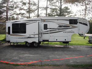 2011 Crossroads Cruiser 5th Wheel