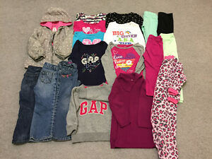 fall-winter clothes for girl sizes 3T - 4T (54 pcs) great shape