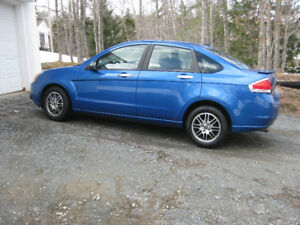 2011 Ford Focus , 97000 M, Mint Condition.