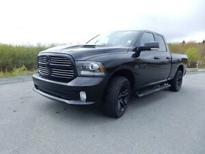 2016 RAM 1500 SPORT  BLACK OUT!!!