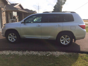 2009 Toyota Highlander/winter tires & rims available