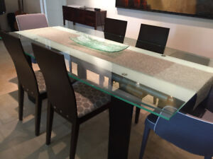 EXTENDABLE GLASS TABLE + CHAIRS, CAN SELL SEPARATELY!