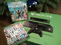 Xbox One, 1 kinect, 1 manette, 1 micro/casque, 2 jeux