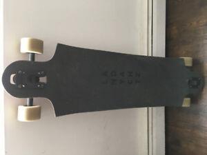 selling : LANDYACHTZ Longboard