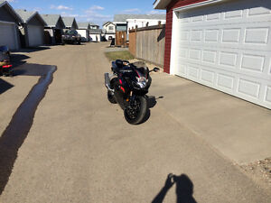 2005 GSX-R 1000 *LOW KM's*   NEED GONE