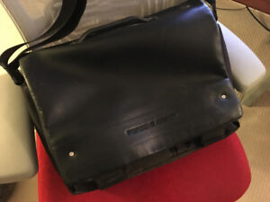 Porche 2000 Messenger Bag