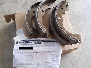 OEM rear brake shoe set for Mazda MPV 1999-2006