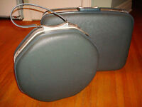 Vintage 2 Pc Set of Luggage with Keys