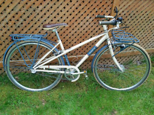 Trek Belleville WSD Eco bike, like new (over $1000 new)