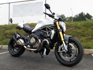 2015 Ducati Monster 1200 S Star White
