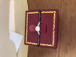Custom 18kt diamond engagement ring