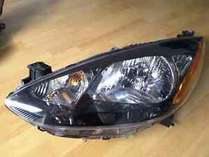 MAZDA 2 PHARE HEADLIGHT HEADLAMP LUMIÈRE LAMP LIGHT