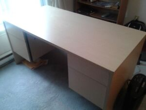 OFFICE DESK - DOUBLE PEDASTEL