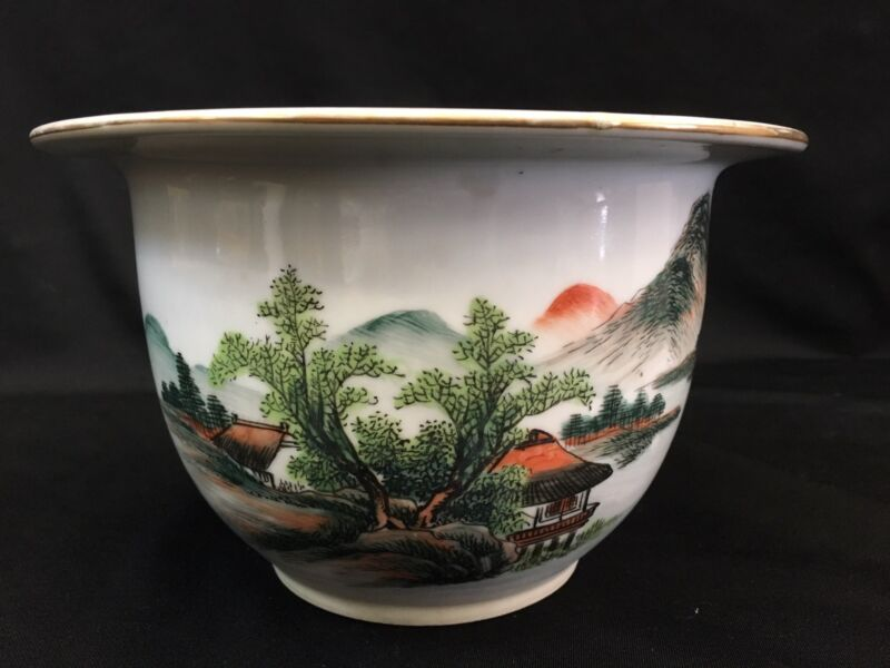 Chinese Porcelain Famille Rose Plant Pot