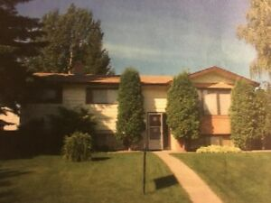 Two Bedroom Bsmt Suite in Richmond Heights: Adults Only.