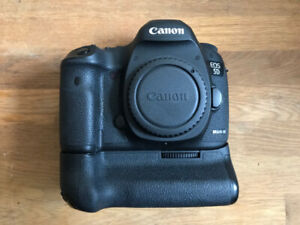 Canon 5D III + Battery Grip (10/10 Condition)