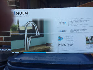 MOEN CLASSIC CHROME SOLIDAD PULL DOWN KITCHEN FAUCET