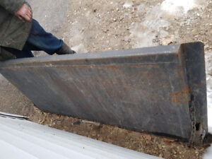 FORD SUPER DUTY STEEL TAIL GATE.