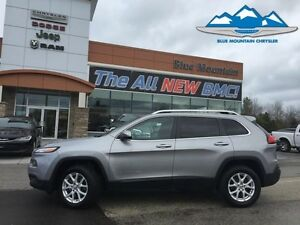 2015 Jeep Cherokee Latitude  ACCIDENT FREE, 4WD, BLUETOOTH, WARR